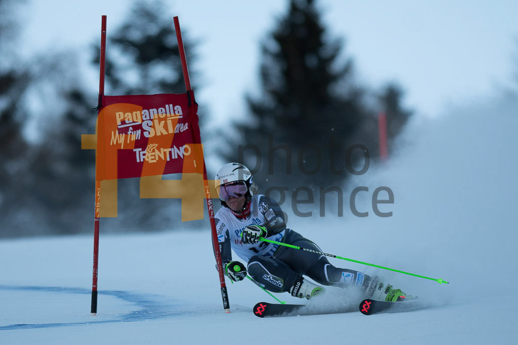 Andalo Paganelle (ITA), European Cup, FIS, GS, HOLTMANN Mina Fuerst (NOR), Women